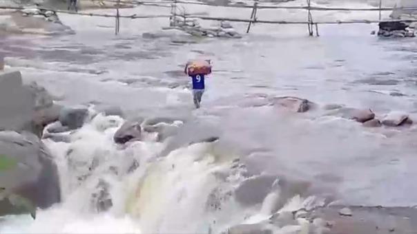 Incahuasi aislada por crecida de río.