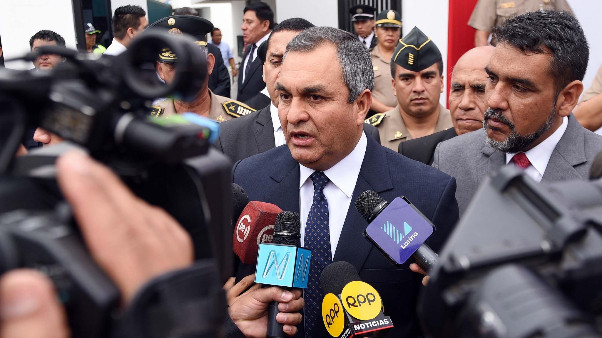 El ministro dijo que no es necesario que los militares vigilen las calles.