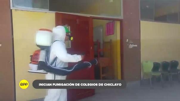Luego de la fumigación, los colegios se encargarán de la desinfección y limpieza.