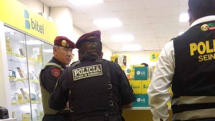 El asalto se produjo a la altura de la cuadra 40 de la avenida Wiesse en San Juan de Lurigancho.