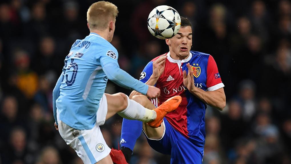 El equipo de la ciudad de Manchester venció 4-0 al Basel en el Saint Jakob Park.