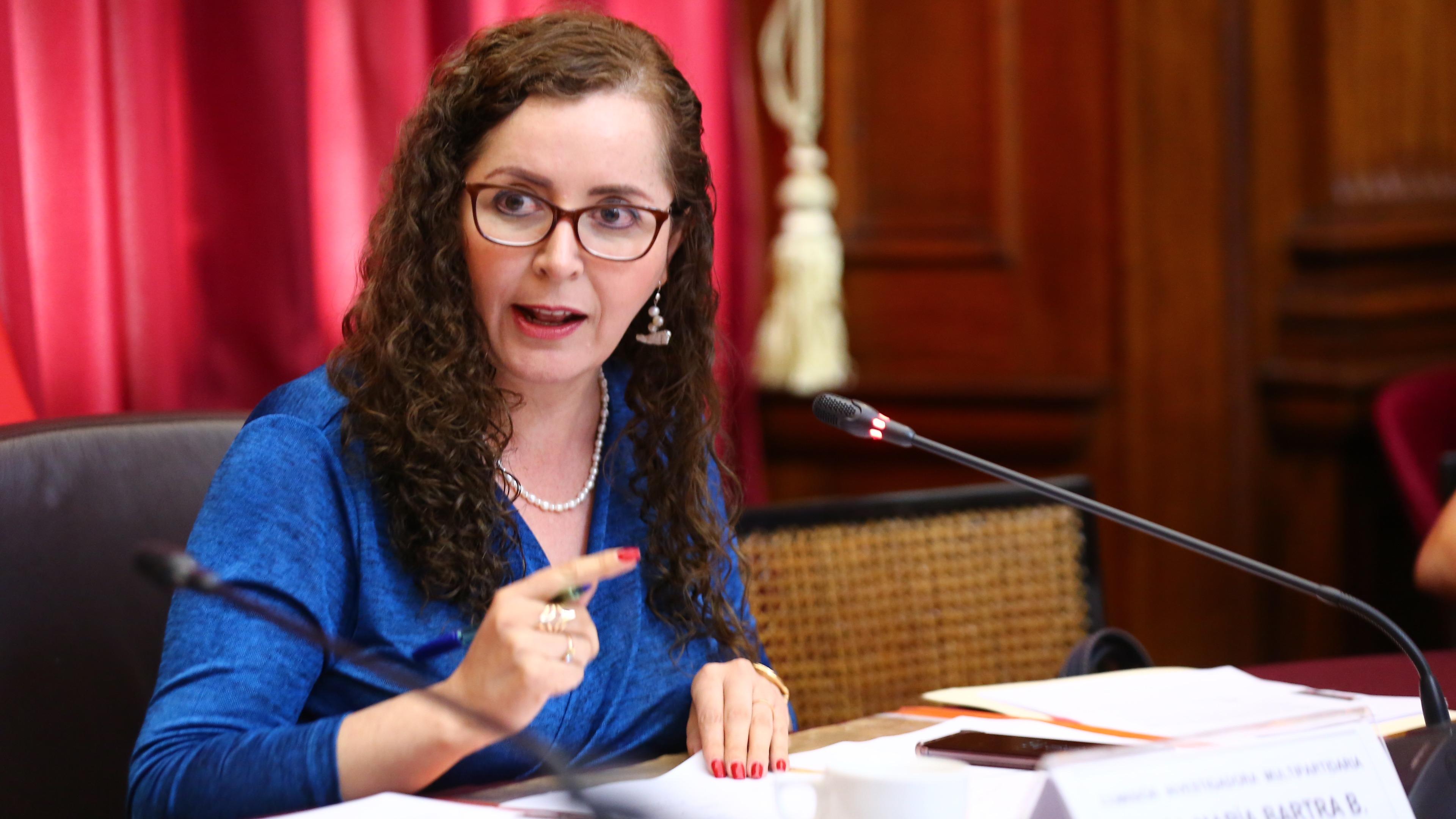 La congresista señaló que no profundizará en las investigaciones sobre la publicación del chat.