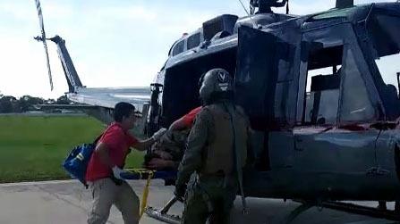 Cuatro policías resultaron heridos durante emboscada.
