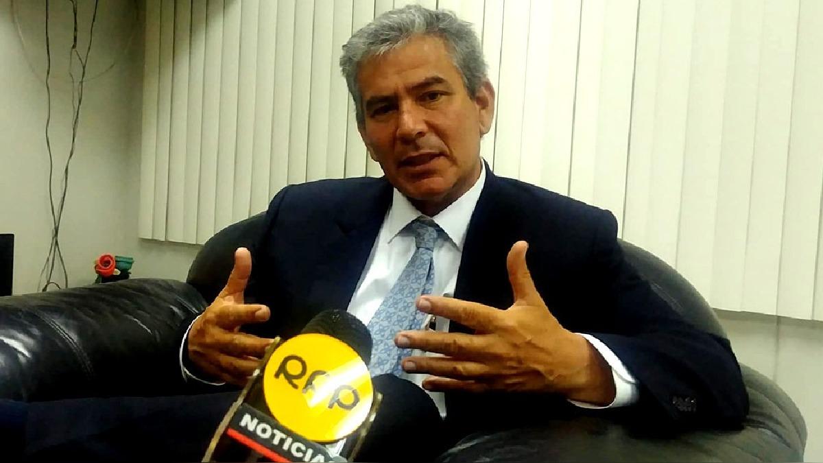 Gobernador piurano, Reynaldo Hilbck, asegura que regiones como Piura que esperan la reconstrucción anunciada pierden con toda esta crisis de la vacancia.