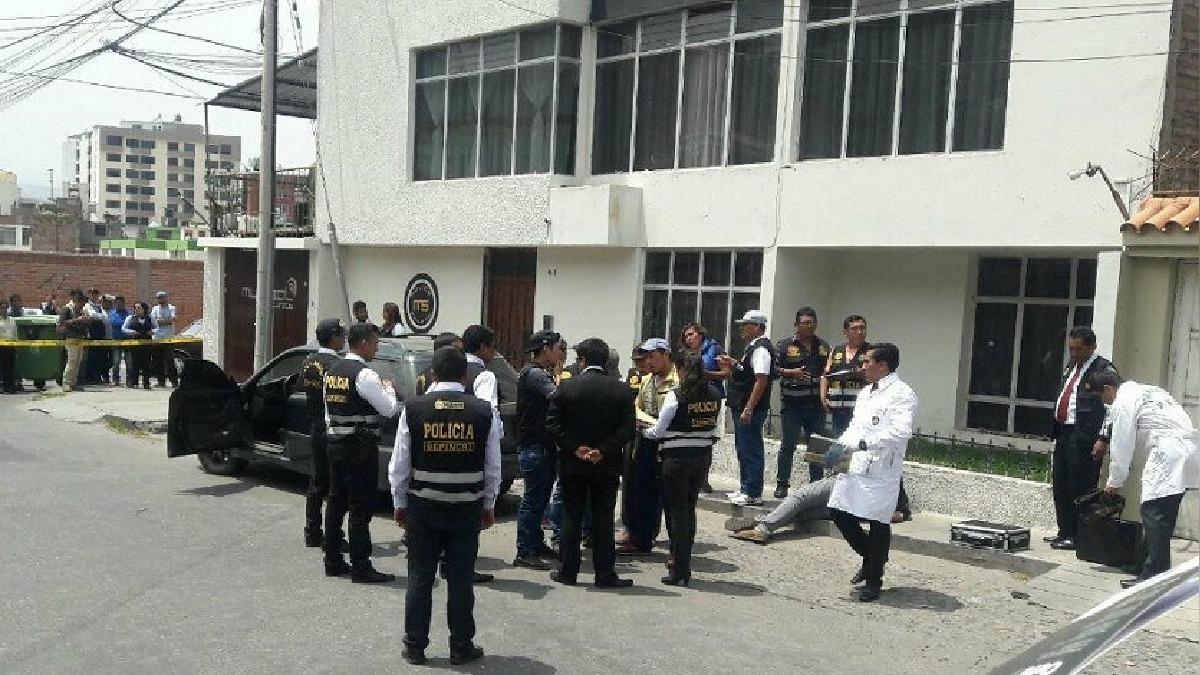 Presuntos delincuentes fueron capturados tras persecución policial.