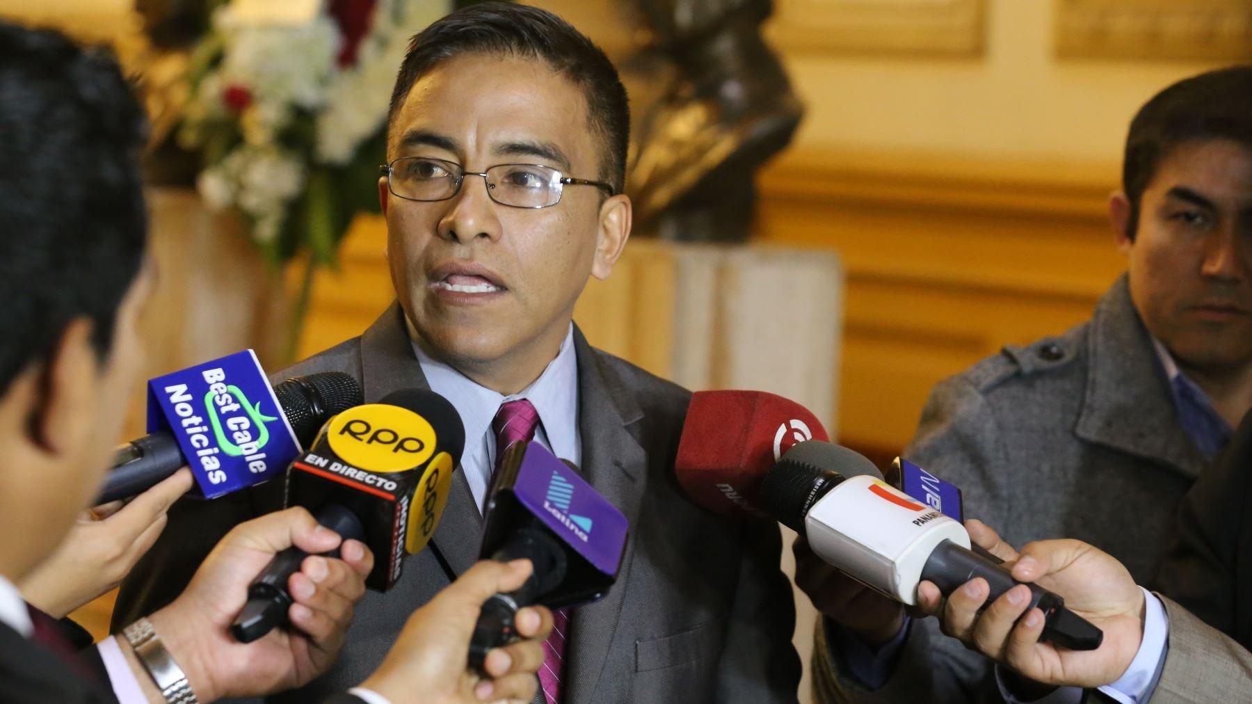 El congresista señaló que si bien votará a favor de la vacancia, escuchará al presidente y a su defensa el próximo jueves 22.