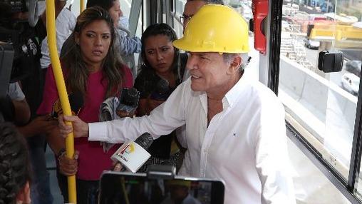 El alcalde Luis Castañeda superviso el recorrido de los buses en la Línea Amarilla
