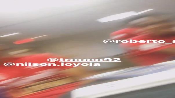Los jugadores de la Selección Peruana empezaron a llenar el álbum del Mundial.
