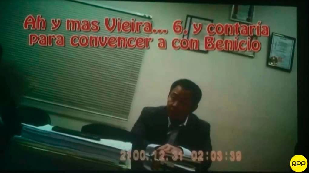 Fuerza Popular presentó videos sobre supuestos ofrecimientos del Gobierno para cambiar votos ante el pedido de vacancia contra Pedro Pablo Kuczynski.