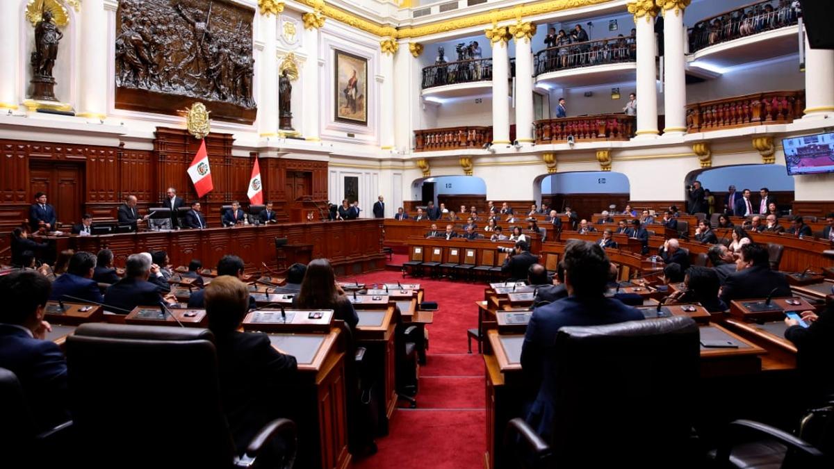 El Congreso aceptó la renuncia del presidente.