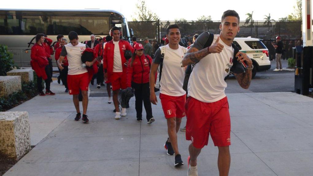 El equipo peruano ya está en Hard Rock Stadium para jugar ante Croacia.
