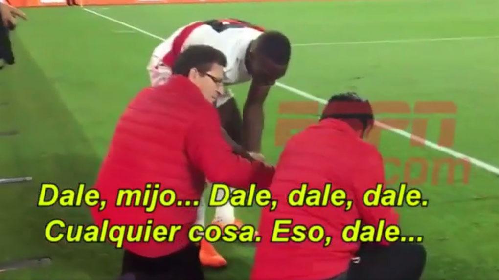 Luis Advíncula no quería perderse ni un minuto del duelo ante Croacia.
