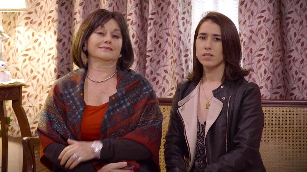 La mexicana Angélica Aragón interpreta a la madre de Patricia Barreto.