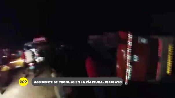 De 52 pasajeros, ocho quedaron heridos y fueron auxiliados a hospitales cercanos.