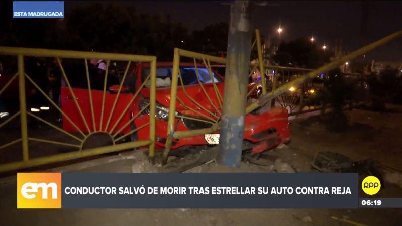 El chofer del automóvil particular quedó gravemente herido y fue trasladado a una clínica local.