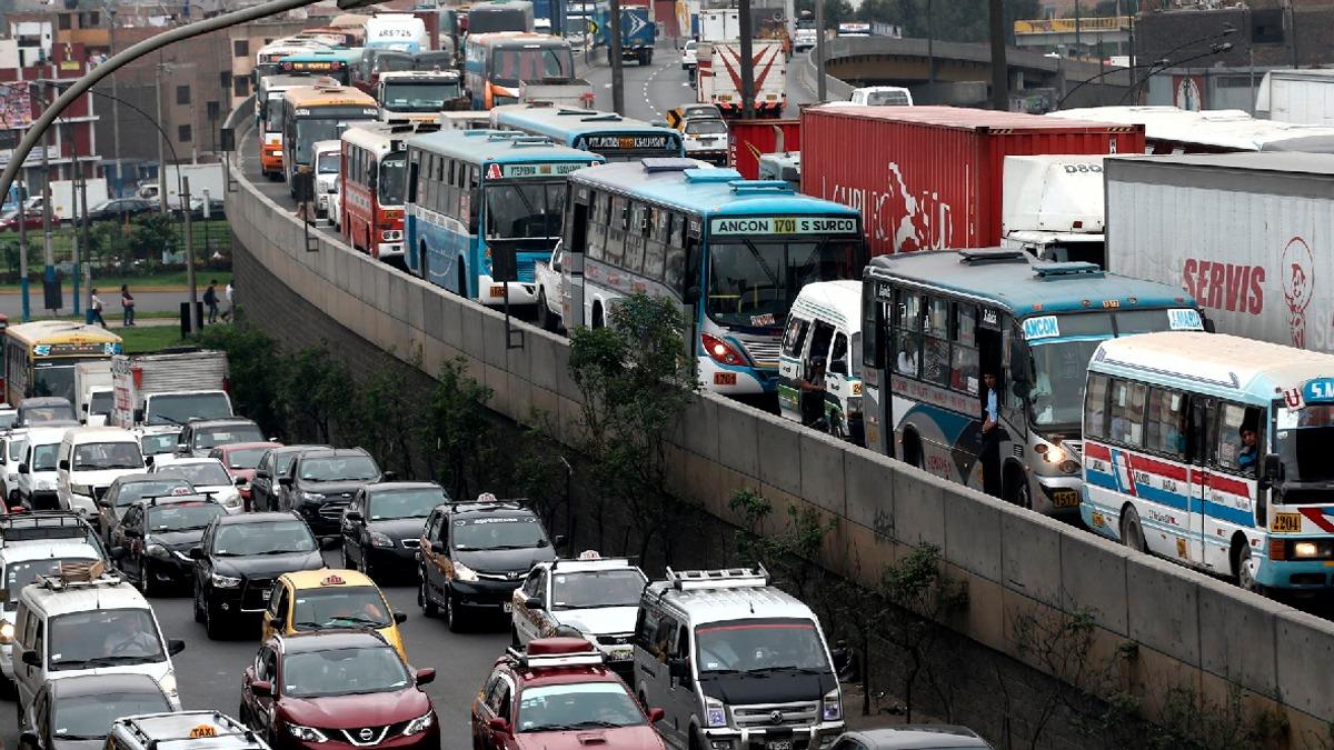 La iniciativa busca reducir el tráfico en Lima y, con ello, el tiempo que necesita a un conductor para ir del trabajo a su casa y viceversa.