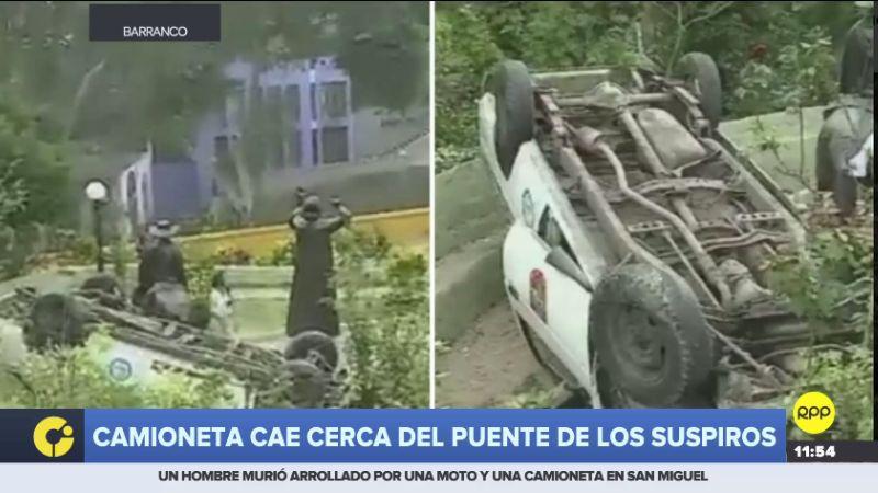 Así terminó la camioneta municipal tras este accidente.