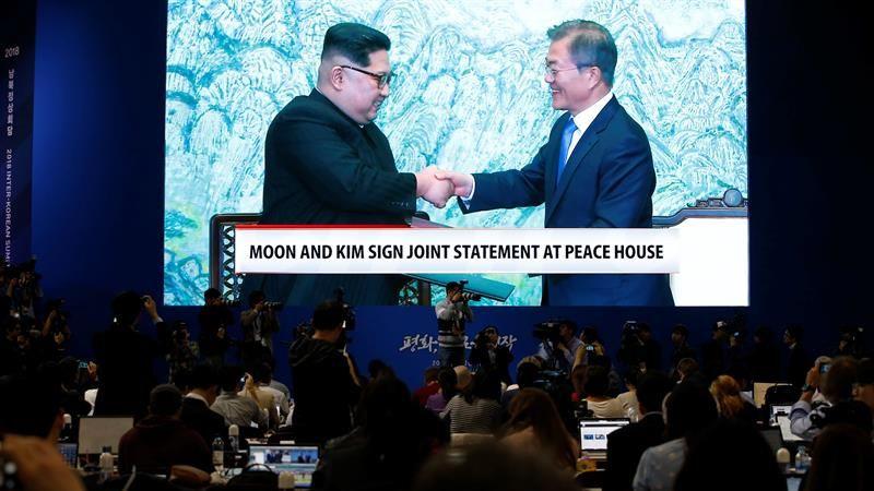 La propaganda norcoreana dedicó un gran despliegue a la cumbre entre Kim Jong-un y Moon Jae-in.