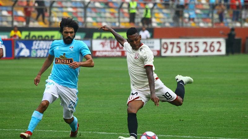 Universitario empató en un buen partido 3-3 con Sporting Cristal