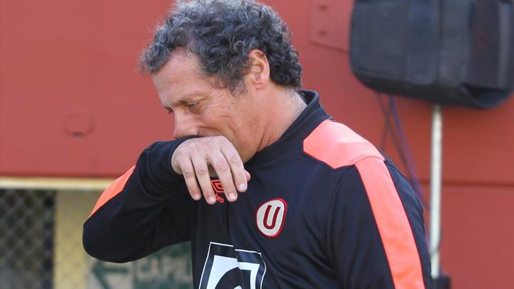 Pedro Troglio debutó como entrenador con Godoy Cruz en la temporada 2003-04.