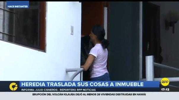 Nadine Heredia traslada sus pertenencia a un nuevo inmueble ubicado en la misma calle de su anterior residencia.