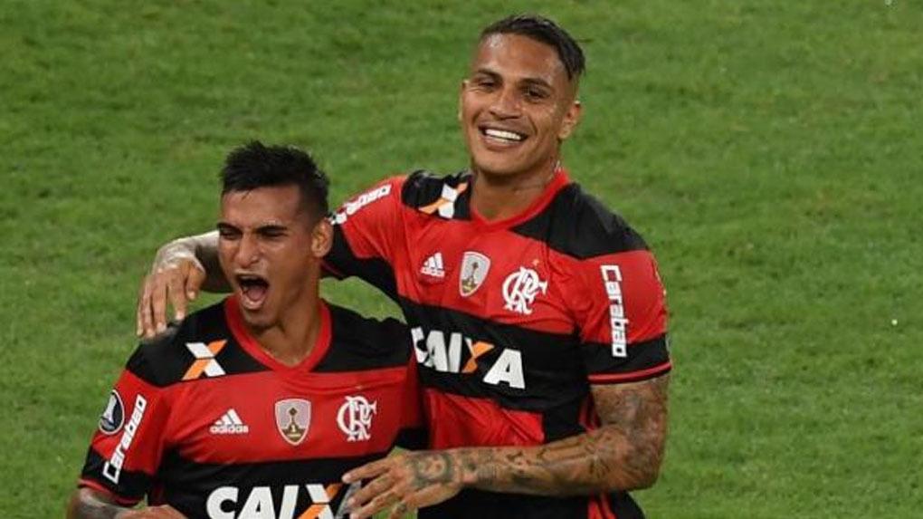Paolo Guerrero marcó el gol del empate del Flamengo sobre el Chapecoense.