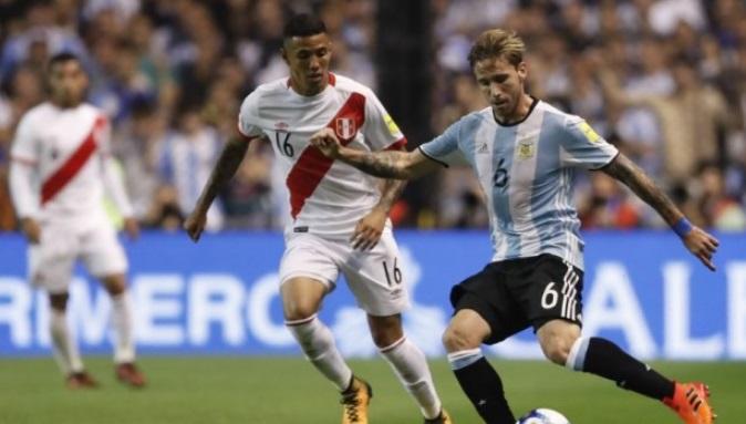 El único partido como titular de Sergio Peña con la Selección Peruana fue ante Argentina en Buenos Aires.