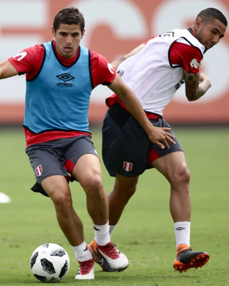 Sergio Peña entrenó este jueves con la Bicolor en la Videna.
