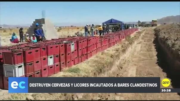 Las botellas cerveza fueron lanzadas a una zanja en Juliaca