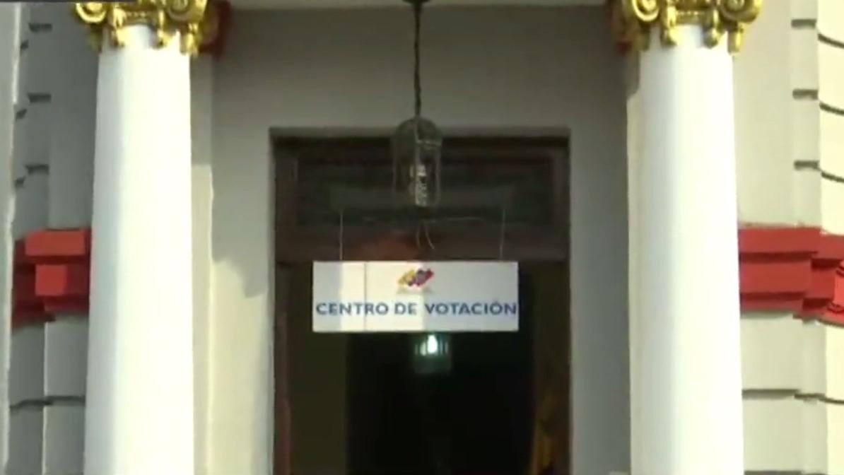 Por motivos de orden, la cuadra 2 de la avenida Arequipa ha sido clausurada.
