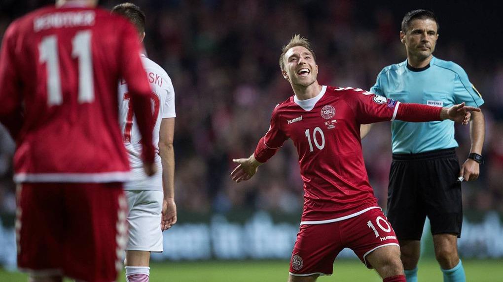 Selección de Dinamarca clasificó al Mundial tras vencer a Irlanda en el repechaje.