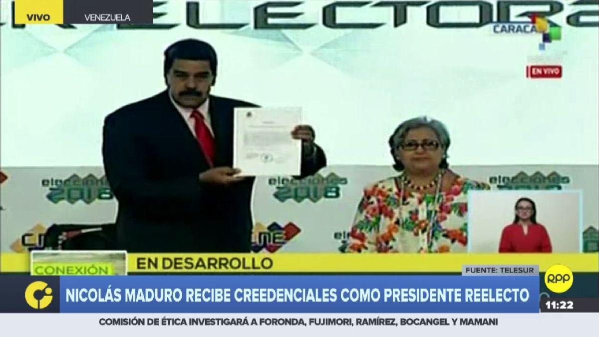 Maduro recibió las credenciales.