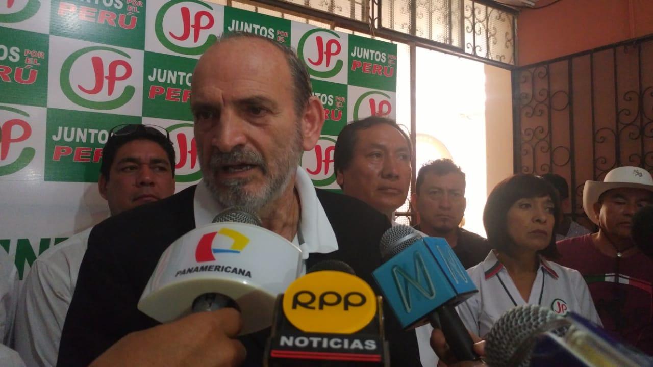 Yehude brindó conferencia de prensa.