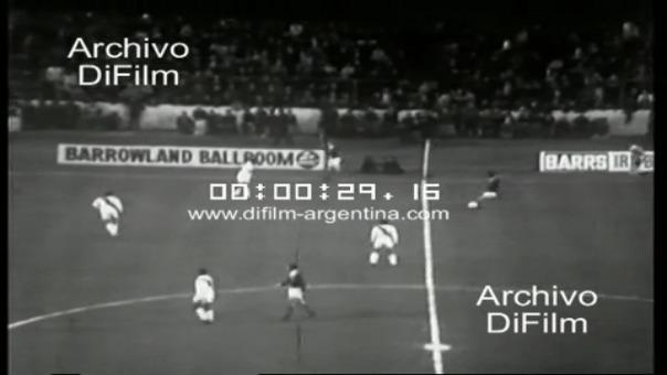La primera vez que se enfrentaron Perú y Escocia.