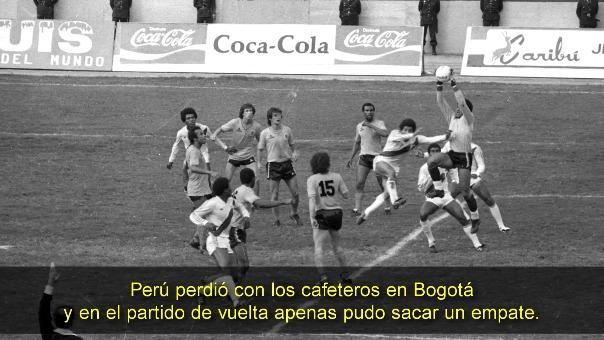 Un nuevo comienzo para la selección peruana. 1985 y Coca-Cola ya acompañaba al equipo peruano en el estadio