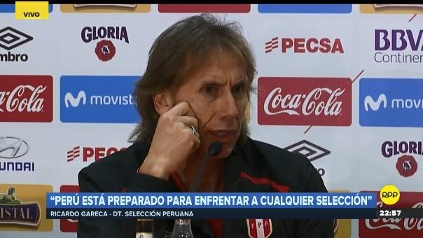 Ricardo Gareca en conferencia de prensa luego del partido antes Escocia.