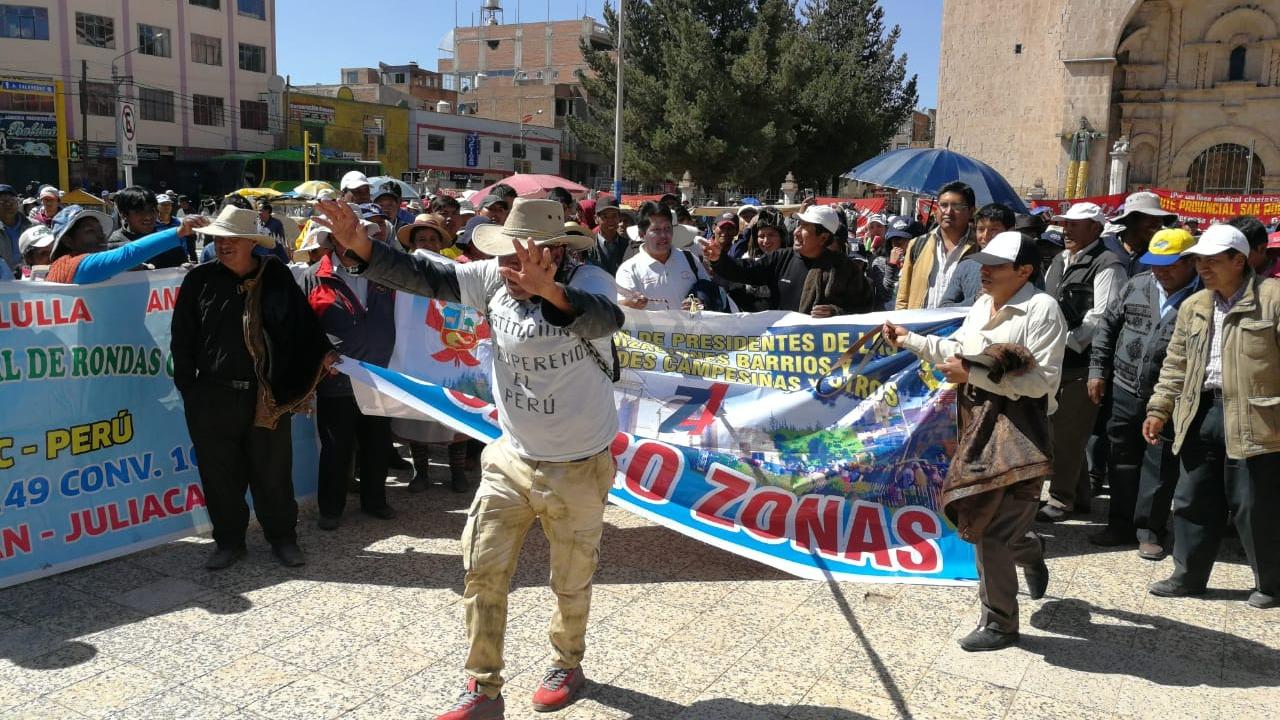Pobladores que participaron en la huelga representaron una sátira del alcalde de San Román.