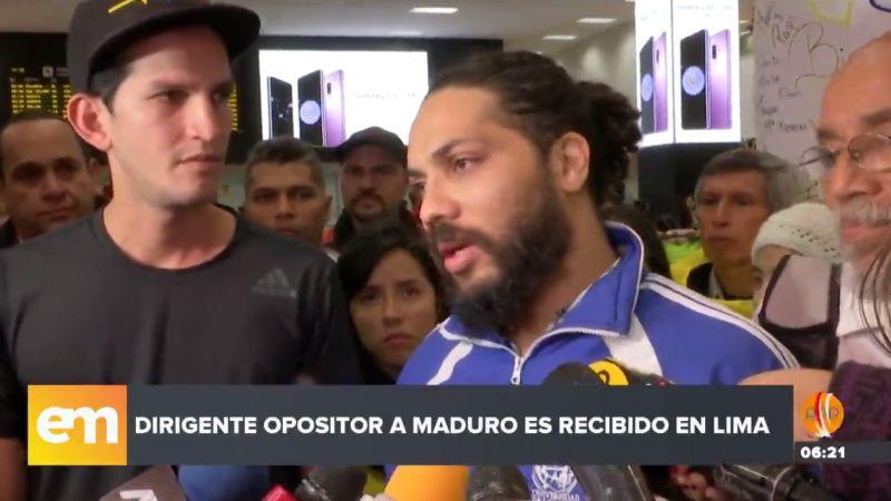 """""""No se puede ser feliz cuando te expulsan de tu país"""", aseguró Vilca Fernández a su arribo al Perú."""