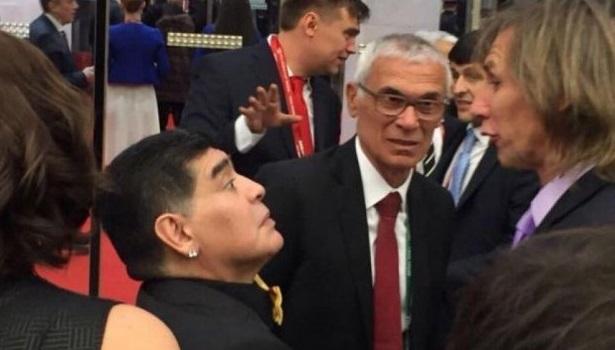 El encuentro de Maradona y Gareca.