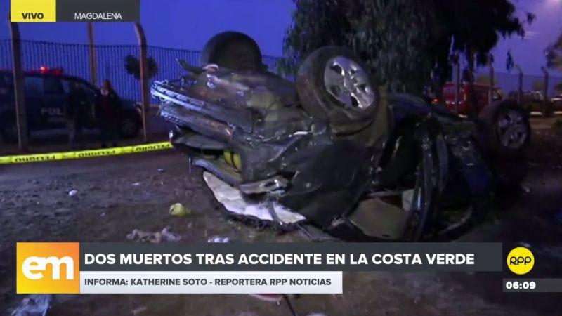 Un automóvil se despistó y cayó desde una altura de 50 metros a la altura de la Bajada Sucre.