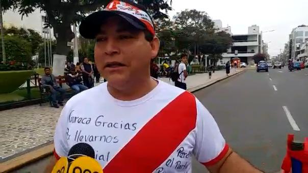 Los chiclayanos iden a Edwin Oviedo que vuelva a contratar a Ricardo Gareca