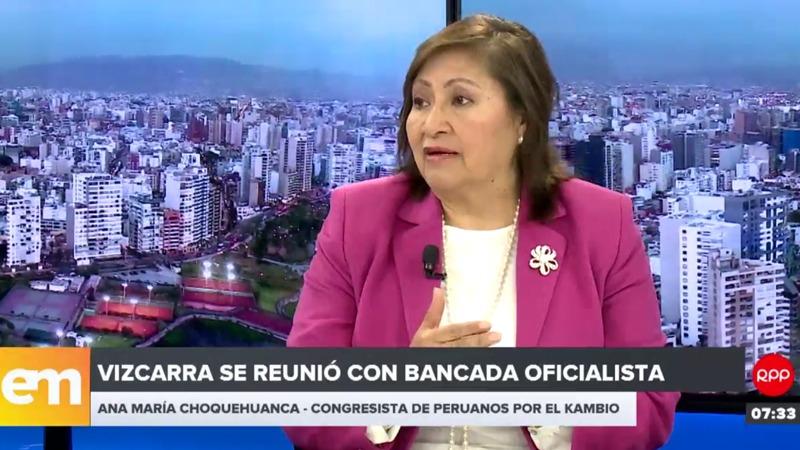 Vizcarra se reunió con bancada oficialista el martes en la noche