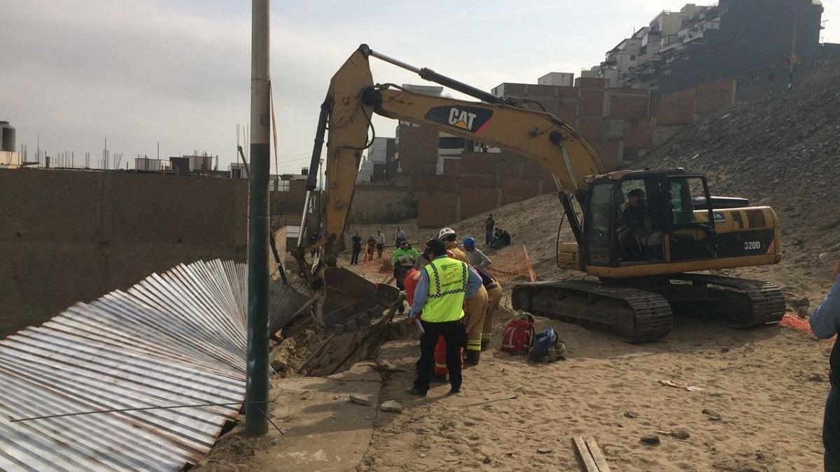 La persona afectada se encontraba trabajando cuando ocurrió el derrumbe.
