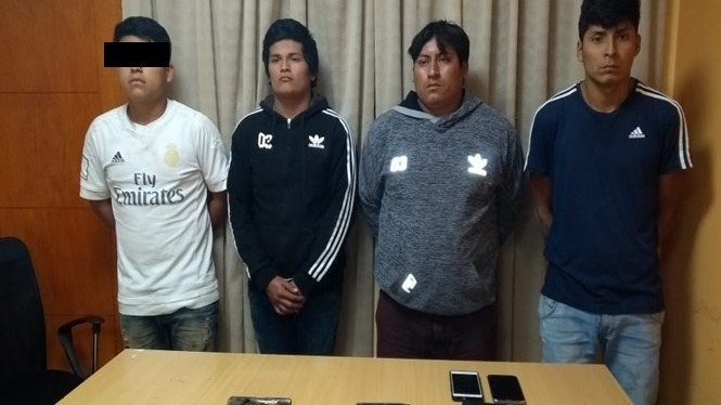 Los capturados se reunían en una casa del sector El Carmelo para planificar sus delitos. En ese lugar, la Policía incautó armas de fuego.