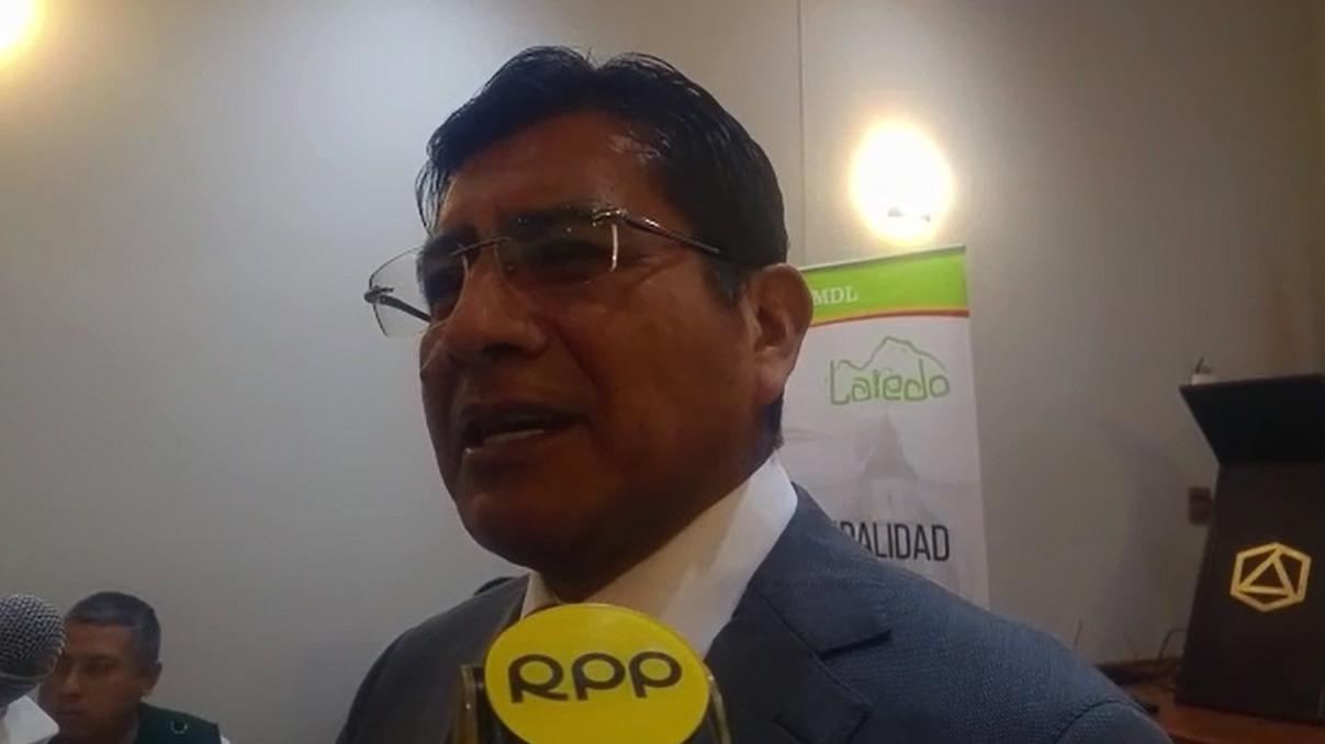 El alcalde de Laredo, Javier Rodríguez, señaló que las aguas tratadas serán empleadas para el riego de cultivos.