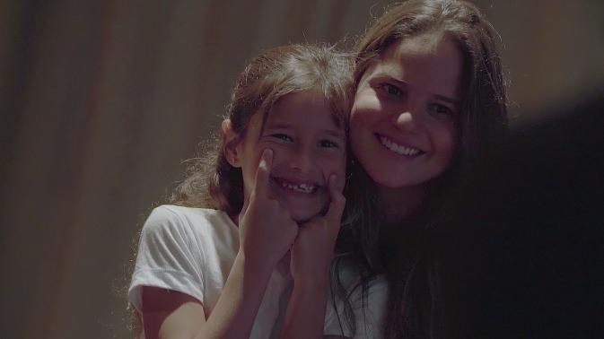 Silvia Núñez del Arco y Zoe Bayly