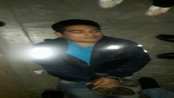 Presunto acosador fue maniatado por moradores.