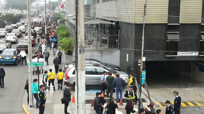 Oyentes del Rotafono aseguraron que se escucharon hasta dos explosiones en el segundo piso de la clínica.