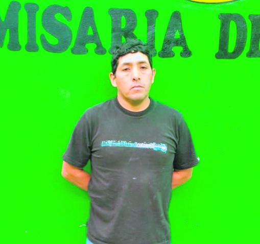 Yonio Melgar Bravo (41) fue agarrado a correazos por la madre de la menor.