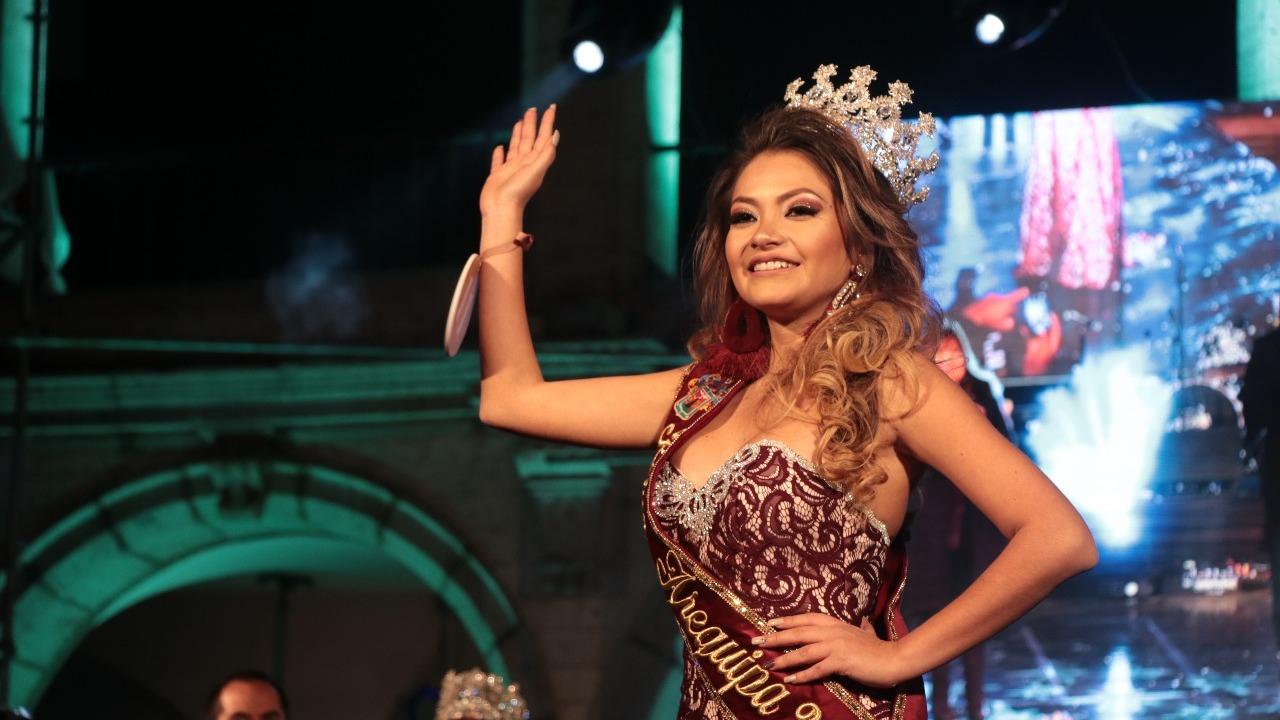 María del Carmen Lira Bellido, vecina del distrito de Yanahuara, ganó el certamen de belleza.